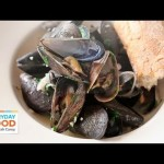 Mussels with White Wine and Butter | Everyday Food with Sarah Carey